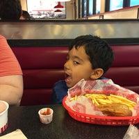 Photo taken at Freddy's Frozen Custard & Steakburgers by Shawn R. on 7/22/2015