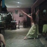 Photo taken at El Jardín Secreto - Lounge Bar by ronald t. on 4/26/2013
