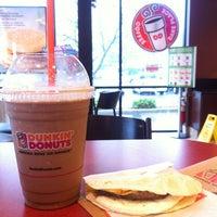 Photo taken at Dunkin' Donuts by Pj Z. on 5/22/2013