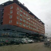 Photo taken at Van der Valk Hotel Den Haag - Nootdorp by Fokker Heineken A. on 2/1/2013