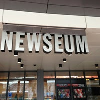 Photo taken at Newseum by Ленка К. on 2/5/2013