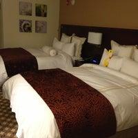 Photo taken at Chicago Marriott Naperville by Allen S. on 10/1/2012