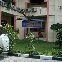 Photo taken at Universitas Muhammadiyah Sumatera Utara (UMSU) by Lhex H. on 3/16/2013