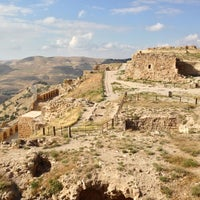 Photo taken at Karak Castle قلعة الكرك by Jeff E. on 4/21/2013
