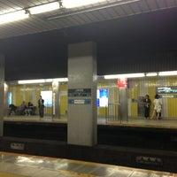 Photo taken at 東急田園都市線 三軒茶屋駅 (Sangen-jaya Sta.) (DT03) by Takashi F. on 6/9/2013