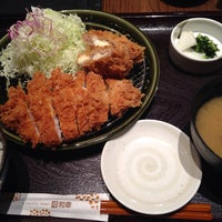 Photo taken at Tonkatsu Wako by ELNINO エ. on 10/30/2013