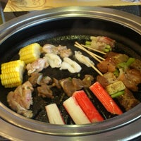 Photo taken at YakiMix Sushi & Smokeless Grill by Queenie Mariz on 12/13/2012