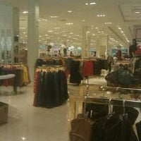Photo taken at Forever 21 by Erin G. on 11/3/2011