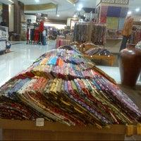 Photo taken at Sarinah by Puspita K. on 1/24/2013