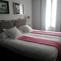 Photo taken at Hotel Meninas by Luis D. on 9/14/2013