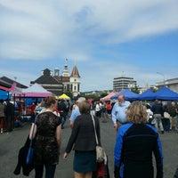 Photo taken at Dunedin Saturday Farmer's Market by Hauiti H. on 12/14/2012