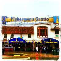 Photo taken at No9 Fisherman's Grotto by Harley C. on 12/2/2012