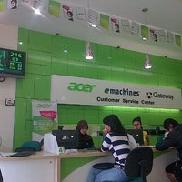 Photo taken at Acer Customer Service Center (ACSC) by Adrikni R. on 12/1/2012