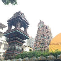 Photo taken at วัดพระศรีมหาอุมาเทวี (วัดแขก) Sri Mahamariamman Temple by Oathaikrub ร. on 7/21/2013