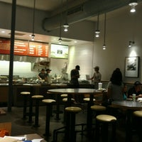 Photo taken at Chipotle Mexican Grill by Sergiy L. on 8/28/2016