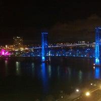 Photo taken at Hyatt Regency Jacksonville Riverfront by Vince M. on 10/10/2012