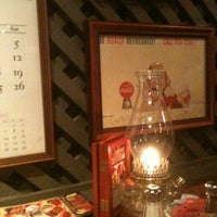 Photo taken at Cracker Barrel Old Country Store by Luanne S. on 10/29/2012
