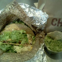 Photo taken at Chipotle Mexican Grill by Lula C. on 9/19/2012