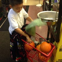 Photo taken at Pete's Fresh Market by Elaina B. on 10/15/2014