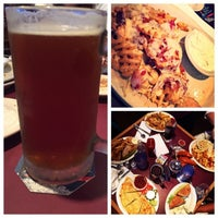Photo taken at Gippers Sports Grill by Ro R. on 8/19/2015