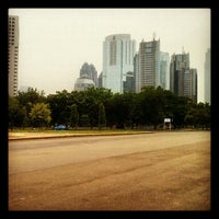 Photo taken at Parkir Timur Senayan by Faaqih I. on 11/21/2012