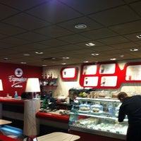 Photo taken at Caffè Ritazza by Viaggiatori on 8/2/2013