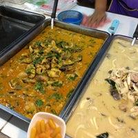 Photo taken at ตลาดนานาเจริญ by Jeng B. on 12/6/2012