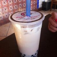 Photo taken at White Rabbit Fusion Cafe/Boba Truck Cafe by Pommy J. on 9/8/2011