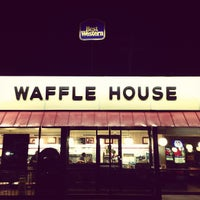 Photo taken at Waffle House by Neal S. on 5/7/2013