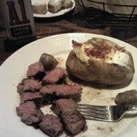 Photo taken at LongHorn Steakhouse by Sarah Renae L. on 12/29/2012