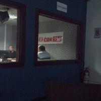 Photo taken at Rádio O POVO CBN Fortaleza FM 95.5 by Del L. on 3/19/2013