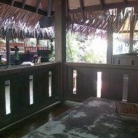 Photo taken at Hotel & Restaurant Sari Kuring Indah by rtaprilia on 3/12/2013