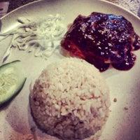 Photo taken at Restoran Satay Anika by Zam642 on 12/29/2012