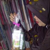 Photo taken at Moz5 Salon Muslimah by LisAdhe S. on 12/22/2012