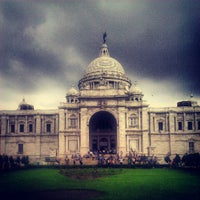 Photo taken at Victoria Memorial by Olin K. on 9/16/2012
