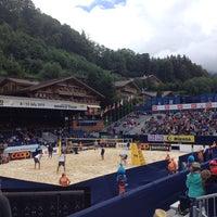 Das Foto wurde bei FIVB Gstaad Center Court von Beat S. am 7/12/2014 aufgenommen