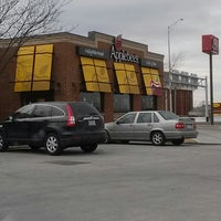 Photo taken at Applebee's by Dale D. on 1/30/2014