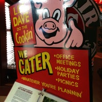 Photo taken at Famous Dave's by Gadjo S. on 8/1/2013