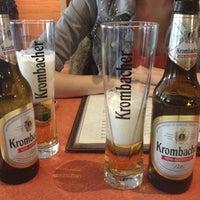 Photo taken at Pizzeria Maestro by Nikolaaja on 12/11/2012