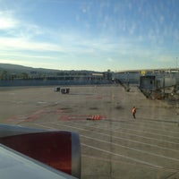 Photo taken at Gate A11 by pɹoɟuɐs@ on 1/16/2013