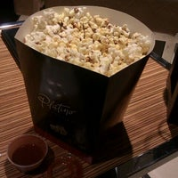 Photo taken at Cinemex Platino by Monik A. on 1/19/2013