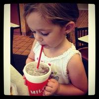 Photo taken at Milo's Hamburgers by Lisa W. on 9/9/2013