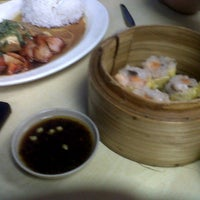 Photo taken at Wai Ying Fastfood (嶸嶸小食館) by Eloisa T. on 11/12/2012