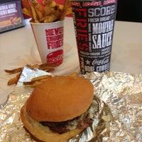 Photo taken at MOOYAH Burgers, Fries & Shakes by Nino C. on 4/22/2013