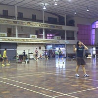 Photo taken at Foo Chow Badminton Hall by EvoJack on 11/2/2012
