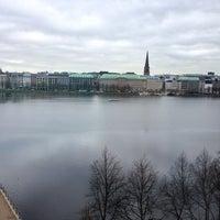 Das Foto wurde bei ZBW - Leibniz-Informationszentrum Wirtschaft Hamburg von Birte am 4/10/2014 aufgenommen