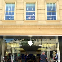 Photo taken at Apple SouthGate by Apple A. on 7/5/2013