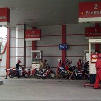 Photo taken at SPBU Pertamina 74.902.78 by Unnhy K. on 11/15/2012