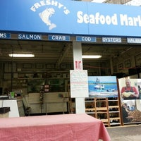 Photo taken at Freshy's Seafood Market by Tac A. on 9/21/2012