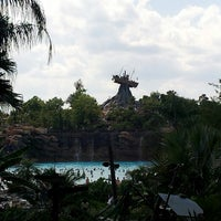 Photo taken at Disney's Typhoon Lagoon Water Park by Pau A R. on 5/19/2014